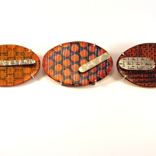Carthenni brooch series